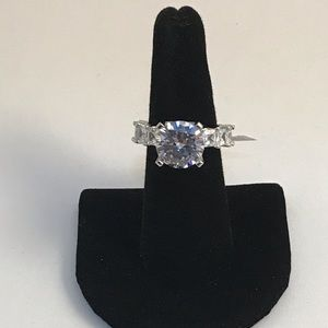 Jewelry - 7ctw Solitaire Ring